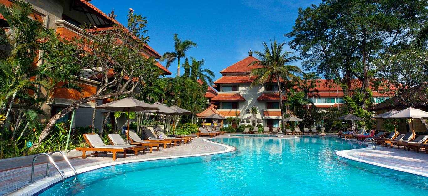 White Rose Kuta Resort, Villas, & Spa Swimming Pool